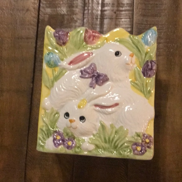 Spring's cutest Easter  Bunnies ceramic bag.